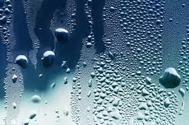 cristal con agua